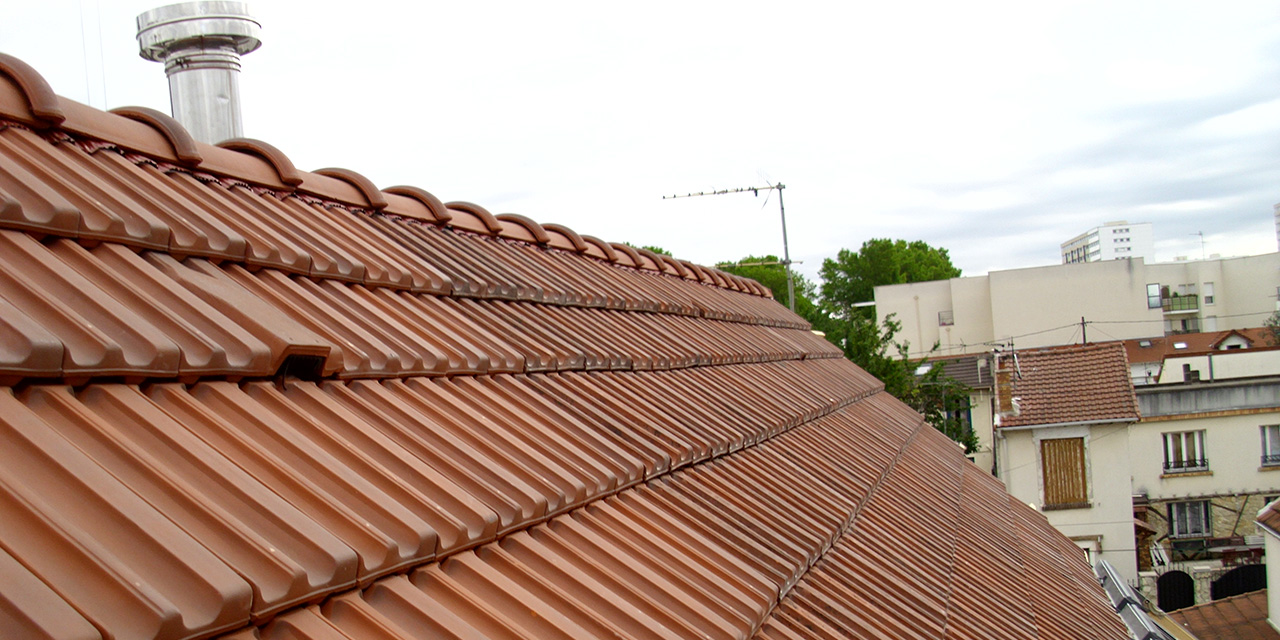 Toiture couverture entreprise marchis garantie d 39 un for Materiaux couverture toiture maison