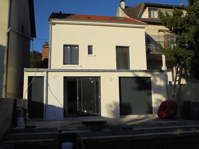 sur l vation toiture rehaussement de toiture entreprise marchis. Black Bedroom Furniture Sets. Home Design Ideas